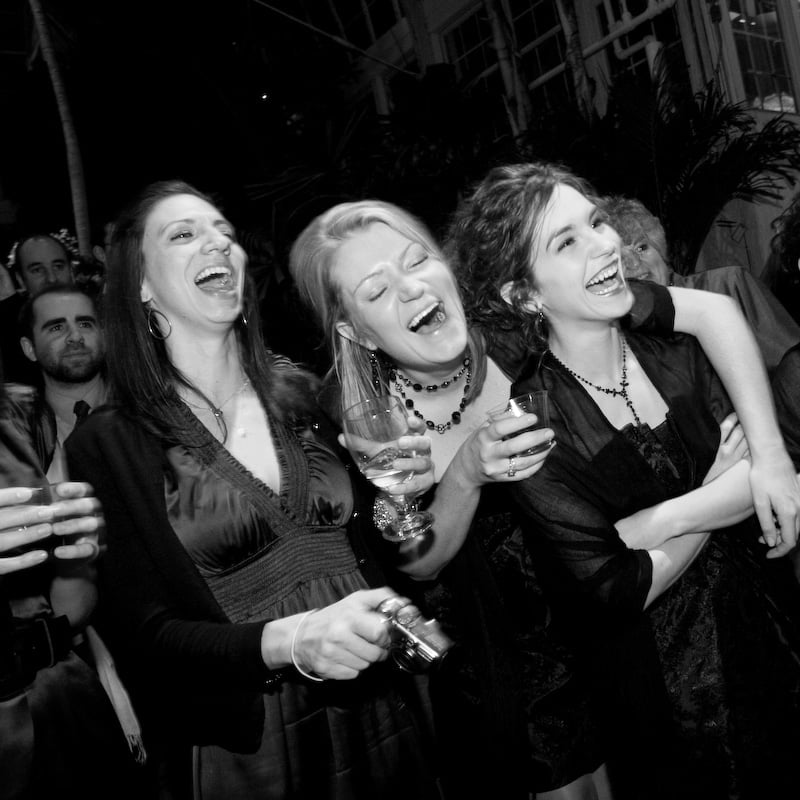 night_music_dj_social_events_celebrations_of_all_kinds_01_800px